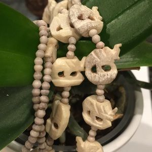 Gorgeous carved bone (?) necklace
